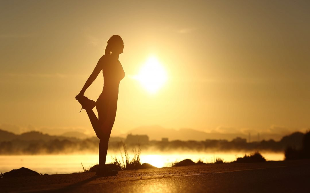 Wake Up and Stretch: The Top Benefits of Stretching in the Morning